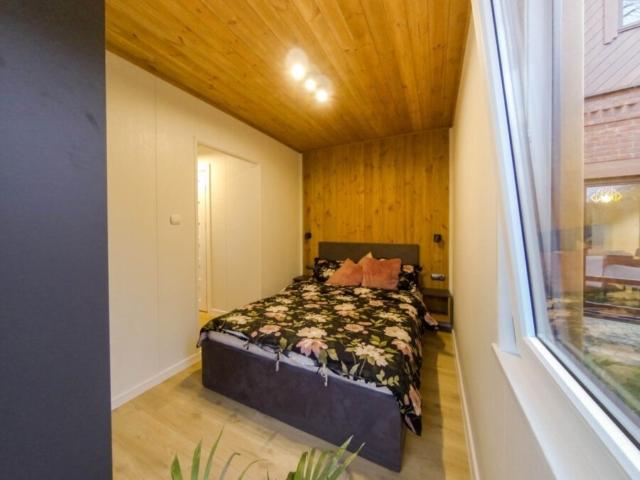 5 Industrialny apartamentowiec